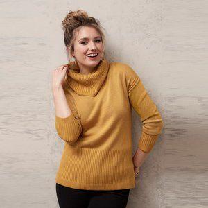 JEANSWEST Metallic Mustard Gold Turtleneck Sweater NWT